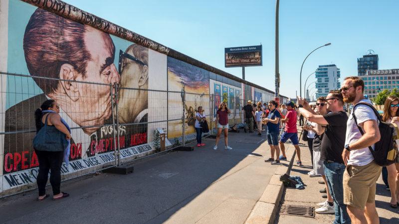Berlinmuren vegg minnesmerke Berlin Tyskland