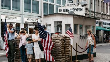 Checkpoint Charlie Berlin severdighet