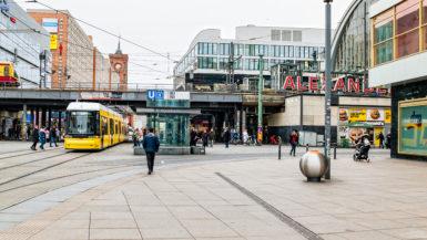 Alexanderplatz Berlin Tyskland reise guide