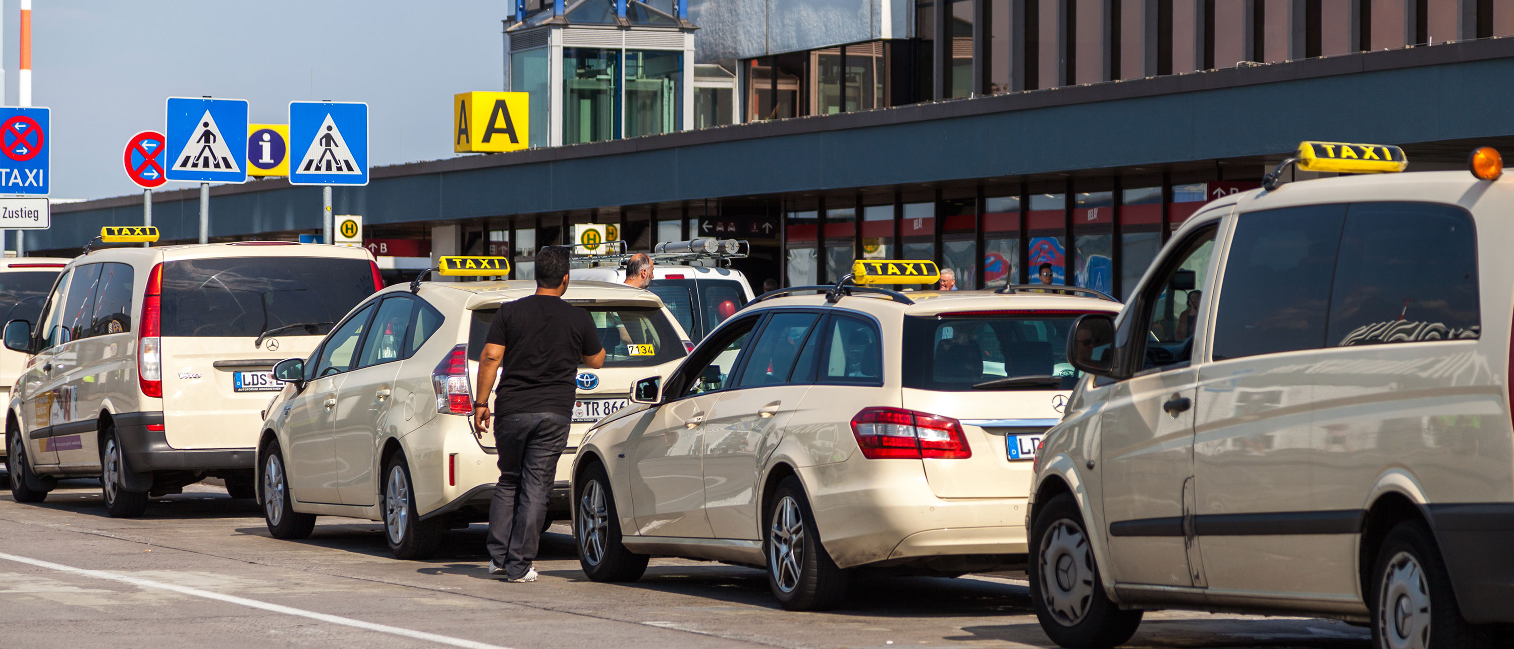 taxi-transport-tegel-flyplass-berlin