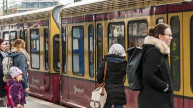 Kollektivtrafikk transport tog Tbane Bahn Berlin